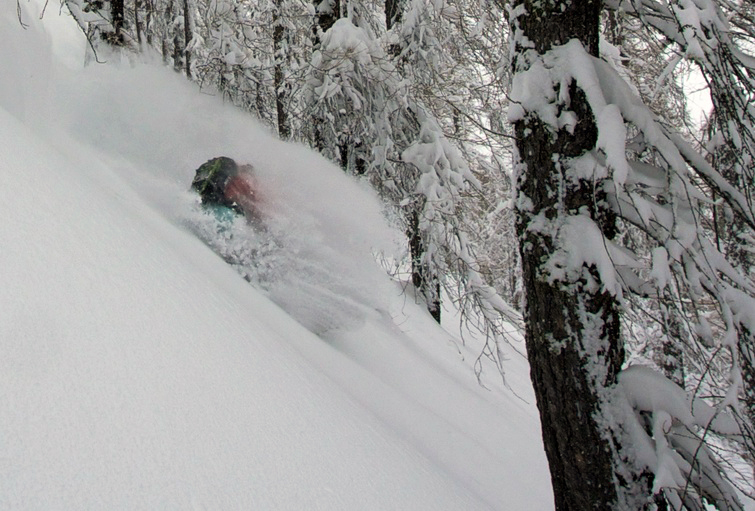 Pow Pow! Photo: Raffi Schmid